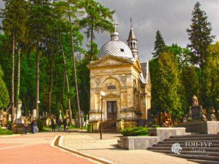 Екскурсія на Личаківське кладовище (розширена)