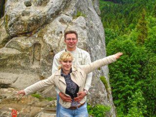 Екскурсія в Карпати на 1 день (Скелі Тустань і водоспади Кам'янка)