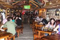 Перша зала кафе-ресторану Криївка