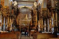 Екскурсія Інтер'єри Львова проводиться в середньовічному місті