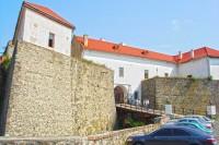 Бастіони головного входу Мукачівської фортеці
