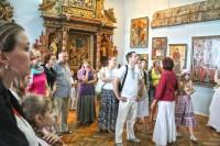 Екскурсія для групи по замках Золотої підкови Львівщини