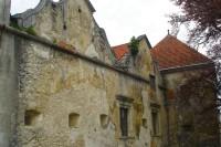 Фортечні мури Свіржської цитаделі