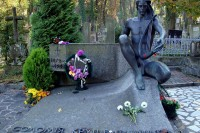 Могила С.Крушельницької - одне з цікавих місць Львова