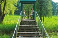 Тур по замках Львівщини не обходиться без відвідин острова кохання