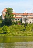 Замок мушкетерів з фільму про Д'Артаньяна