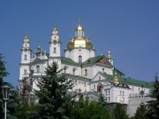 Экскурсии в Почаевскую Лавру — святыни и замки Тернопольщины